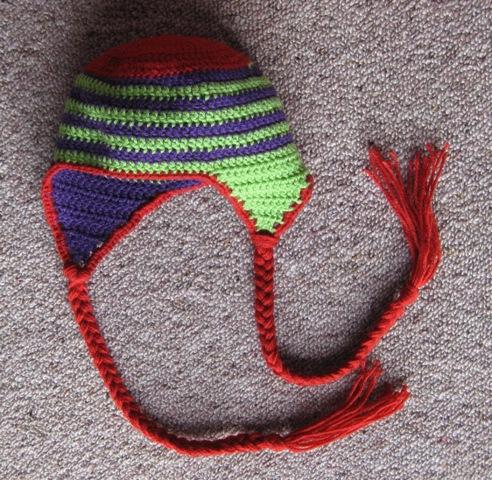 Spiral earflap hat